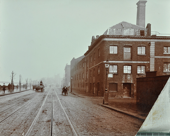 1900-1909「Tramlines On The Albert Embankment, Lambeth, London, 1909」:写真・画像(13)[壁紙.com]