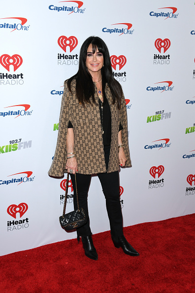 Scooped Neck「KIIS FM's Jingle Ball 2019 Presented By Capital One At The Forum - Arrivals」:写真・画像(12)[壁紙.com]