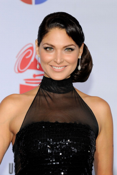 Blanca Soto「The 12th Annual Latin GRAMMY Awards - Arrivals」:写真・画像(7)[壁紙.com]