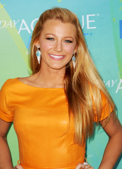 Drop Earring「2011 Teen Choice Awards - Arrivals」:写真・画像(16)[壁紙.com]