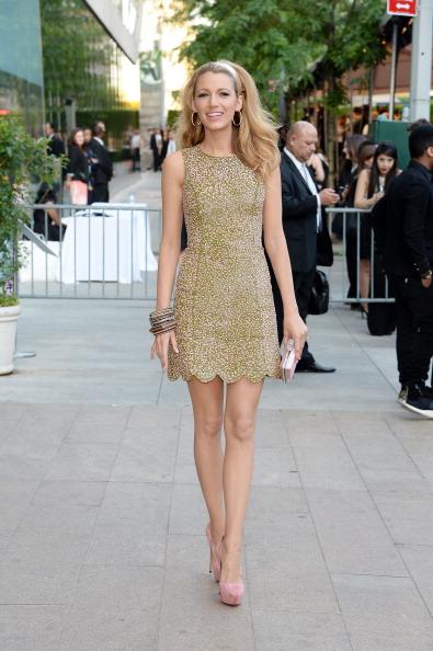 Mini Dress「2014 CFDA Fashion Awards - Outside Arrivals」:写真・画像(12)[壁紙.com]