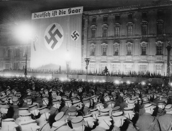 Political Party「National socialists are celebrating the annexation of the Saarland to the German Reich, Lustgarten, Berlin, Photograph, 1935」:写真・画像(5)[壁紙.com]