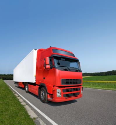 Passenger Cabin「Red modern truck driving on highway」:スマホ壁紙(16)