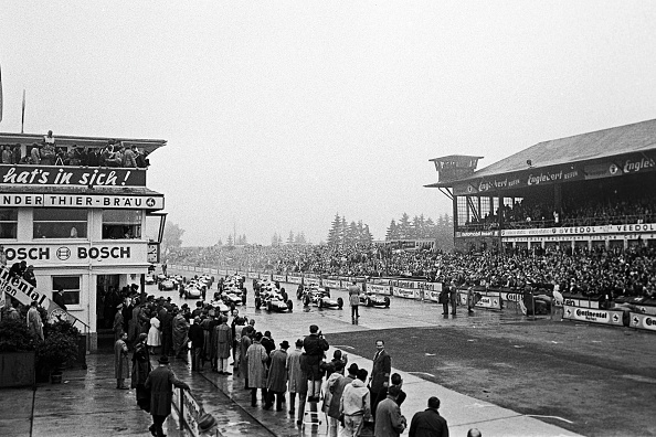 Motorsport「Dan Gurney, Graham Hill, Jim Clark, John Surtees, Grand Prix Of Germany」:写真・画像(8)[壁紙.com]
