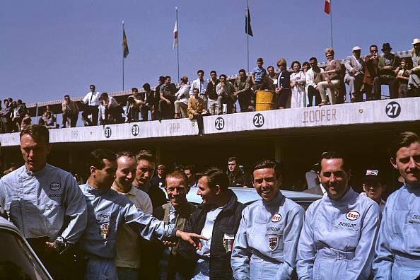F1レース「Dan Gurney, Lorenso Bandini, John Surtees, Jo Siffert, Richie Ginther, Bruce McLaren, Jim Clark, Jack Brabham, Graham Hill, Grand Prix Of Mexico」:写真・画像(19)[壁紙.com]