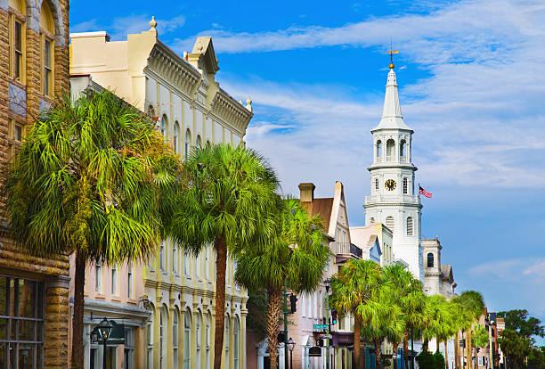 USA, South Carolina, Charleston, Church Street, St. Philip's Church:スマホ壁紙(壁紙.com)