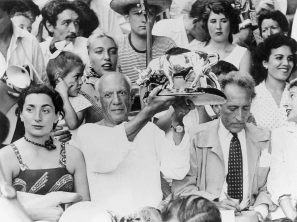 Pablo Picasso「Cocteau, Roque And Picasso」:写真・画像(14)[壁紙.com]