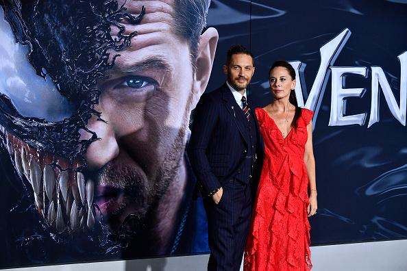 "Westwood Neighborhood - Los Angeles「Premiere Of Columbia Pictures' ""Venom"" - Arrivals」:写真・画像(16)[壁紙.com]"