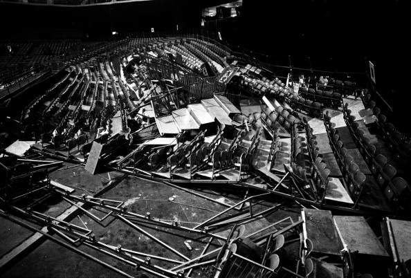 Earls Court「Pink Floyd Seating Collapse」:写真・画像(10)[壁紙.com]