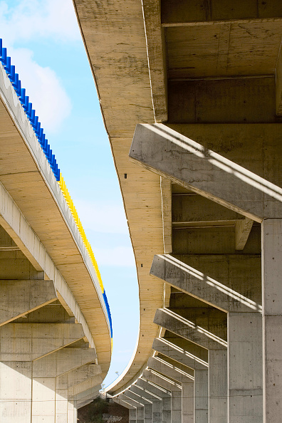 Concrete「Viaduct, view from below, Portugal」:写真・画像(17)[壁紙.com]