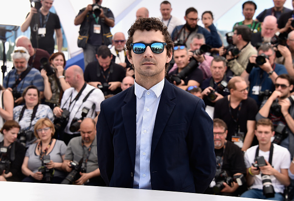 カンヌ映画祭「'American Honey' Photocall - The 69th Annual Cannes Film Festival」:写真・画像(5)[壁紙.com]