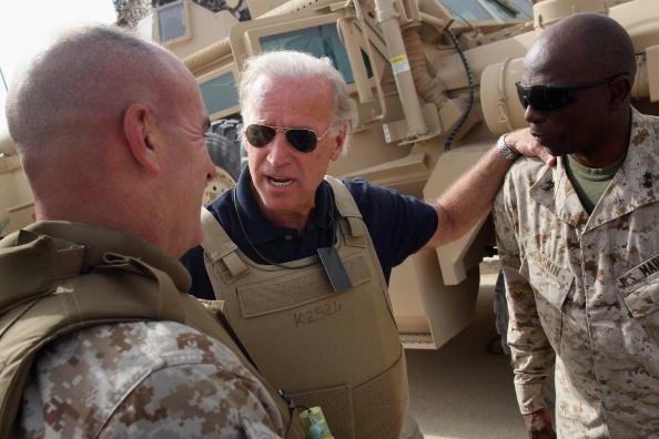 Middle East「(FILE PHOTO): Obama Picks Sen. Joseph Biden For Vice Presidential Running Mate」:写真・画像(17)[壁紙.com]