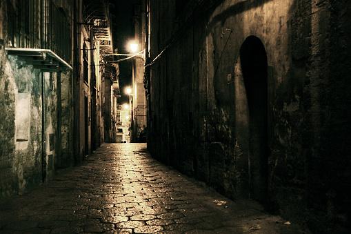 Fear「dark alley」:スマホ壁紙(7)