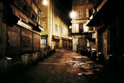 France「dark alley」:スマホ壁紙(12)