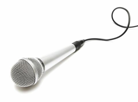 銀色「マイクロフォン、カーリーケーブル」:スマホ壁紙(0)