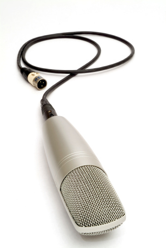 Rock Music「Microphone on white background」:スマホ壁紙(1)