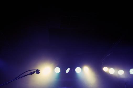 Sacramento「Microphone and spotlights on stage」:スマホ壁紙(18)