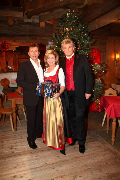Ellmau「'Christmas With Marianne & Michael' Show Taping」:写真・画像(17)[壁紙.com]