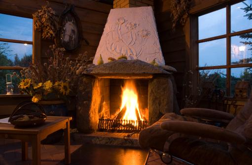 夜「夜には、暖炉」:スマホ壁紙(10)