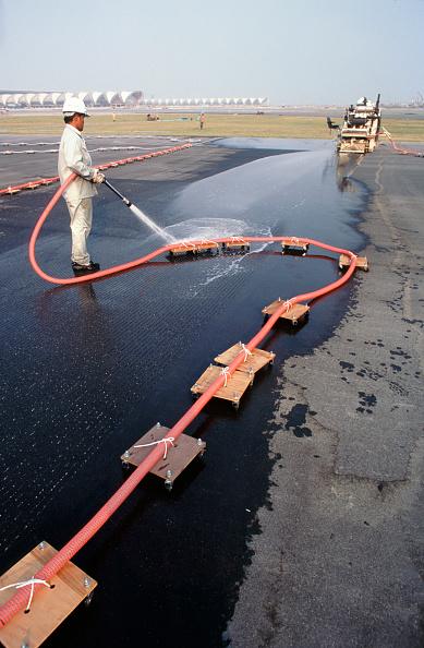 Hose「Runway grooving for skid resistance on the new international Suvarnabhumi Bangkok Airport」:写真・画像(18)[壁紙.com]