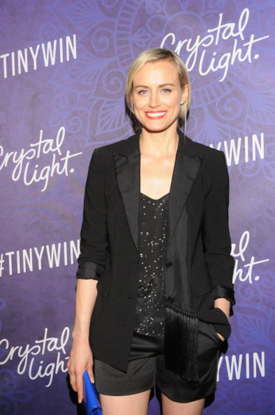 Black Shorts「Variety And Women In Film Emmy Nominee Celebration Powered By Samsung Galaxy - Crystal Light」:写真・画像(17)[壁紙.com]