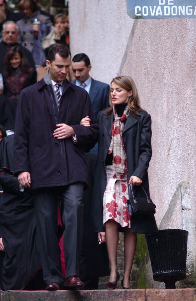 Costa Rica「Prince Felipe Of Spain And Fiancee Letizia Ortiz Visit Covadonga」:写真・画像(15)[壁紙.com]