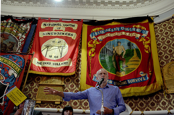 British Labour Party「Jeremy Corbyn Attends Campaign Rallies In Yorkshire」:写真・画像(12)[壁紙.com]