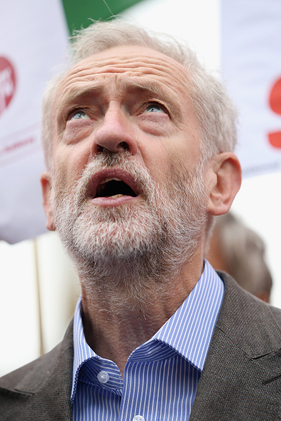 Dan Kitwood「Labour Leader Candidate Jeremy Corbyn Unveils His Plans For Rail Nationalisation」:写真・画像(16)[壁紙.com]