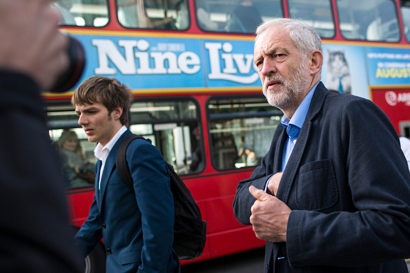 Finance and Economy「Jeremy Corbyn Joins Action For Rail Campaigners」:写真・画像(18)[壁紙.com]