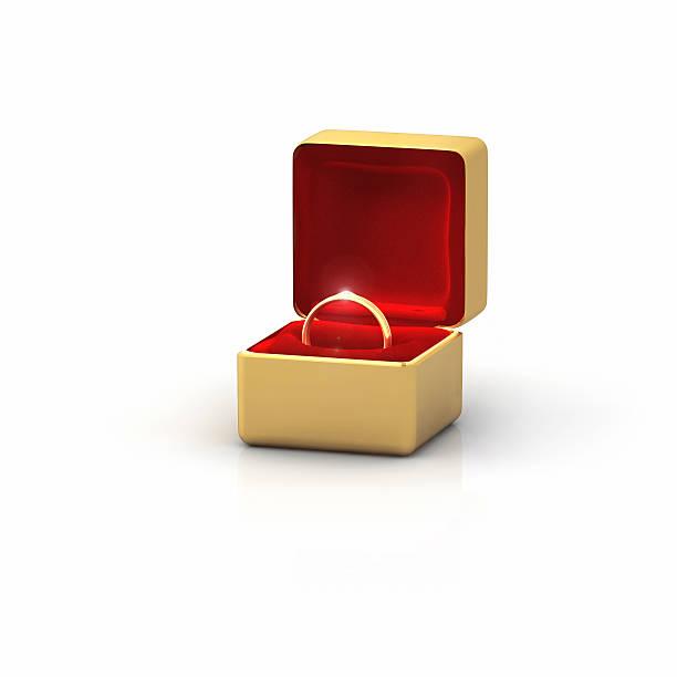 Golden Ring in a Box with a Diamond:スマホ壁紙(壁紙.com)