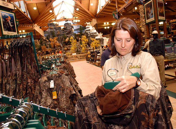 Pennsylvania「Cabela's World's Foremost Outfitters Opens First East Coast Retail Outlet and Museum」:写真・画像(19)[壁紙.com]