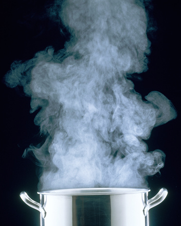 Boiling「Steam Rising from Cooking Pot」:スマホ壁紙(11)