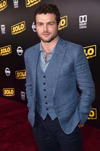 1人「Stars And Filmmakers Attend The World Premiere Of 'SOLO: A Star Wars Story' In Hollywood」:写真・画像(12)[壁紙.com]