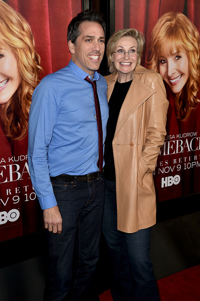 "El Capitan Theatre「Premiere Of HBO's ""The Comeback"" - Red Carpet」:写真・画像(6)[壁紙.com]"