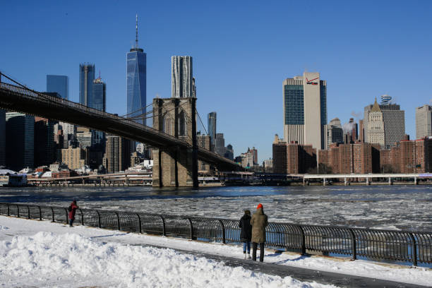 New York State「Frigid Cold Snap Continues In New York City As Temperatures Dip Into Single Digits」:写真・画像(13)[壁紙.com]