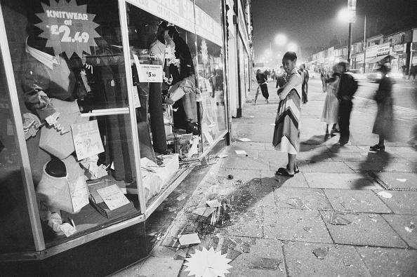 夜景「The Birmingham Riots」:写真・画像(3)[壁紙.com]