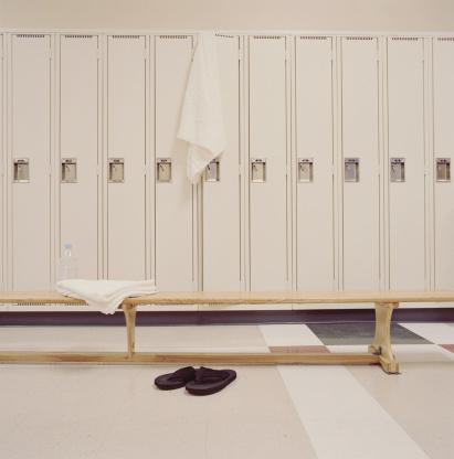 Flip-Flop「Empty locker room」:スマホ壁紙(17)