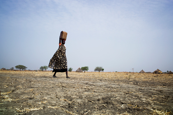 Charity and Relief Work「Collecting Water In South Sudan」:写真・画像(8)[壁紙.com]