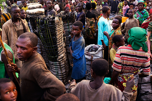 Small Office「Burundians Struggle To Make A Living As Political Crisis Continues」:写真・画像(16)[壁紙.com]
