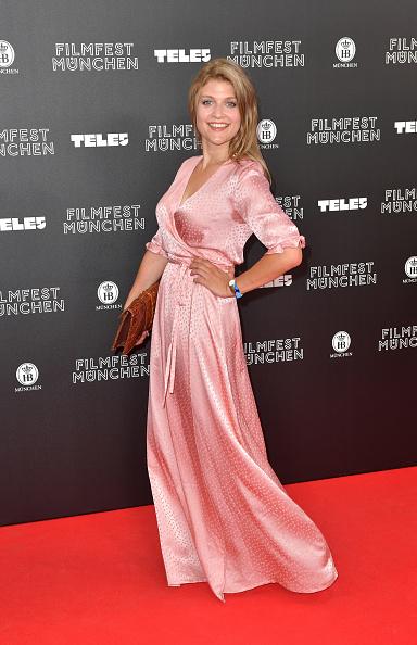 Short Sleeved「Opening Night - Munich Film Festival 2019」:写真・画像(2)[壁紙.com]