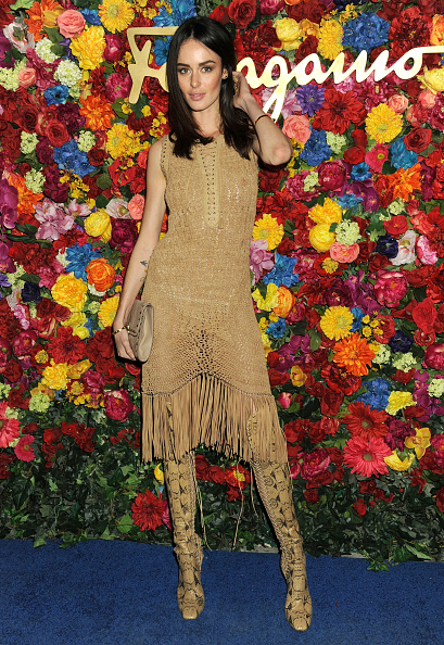 Beige Dress「Ferragamo Celebrates The Launch Of L'Icona Highlighting The 35th Anniversary Of Vara」:写真・画像(6)[壁紙.com]