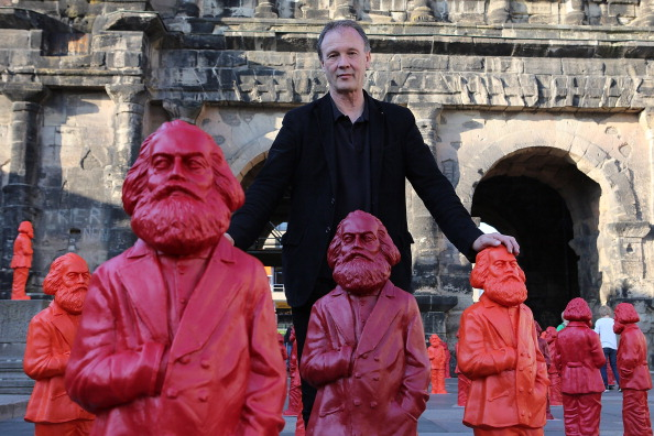 Trier「500 Karl Marx Statues Are Highlight Of Trier Exhibition」:写真・画像(4)[壁紙.com]
