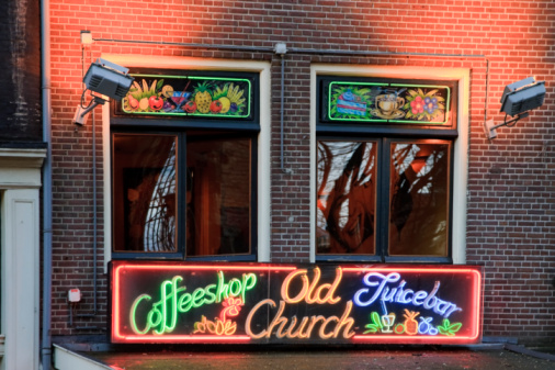 Amsterdam「Coffee Shop in the Red Light District」:スマホ壁紙(7)