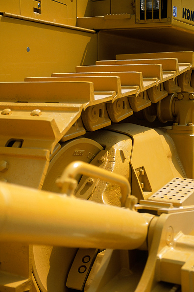 Earth Mover「Detail of new Komatsu bulldozer.」:写真・画像(10)[壁紙.com]