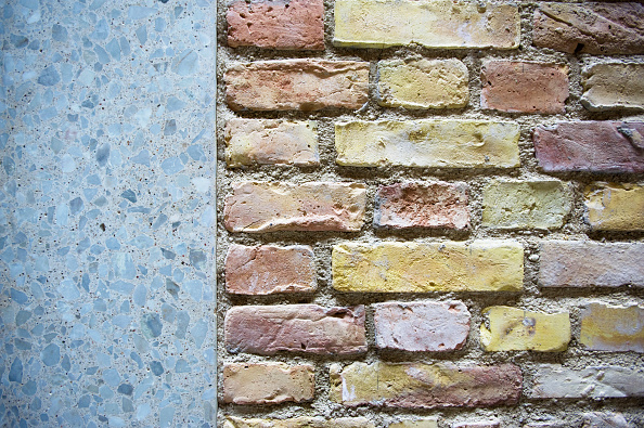 City Life「Detail of new brickwork wall and exposed aggregate concrete door suround at recently renovated Neues Museum in Berlin, Germany, 2009 Architect David Chipperfield」:写真・画像(7)[壁紙.com]