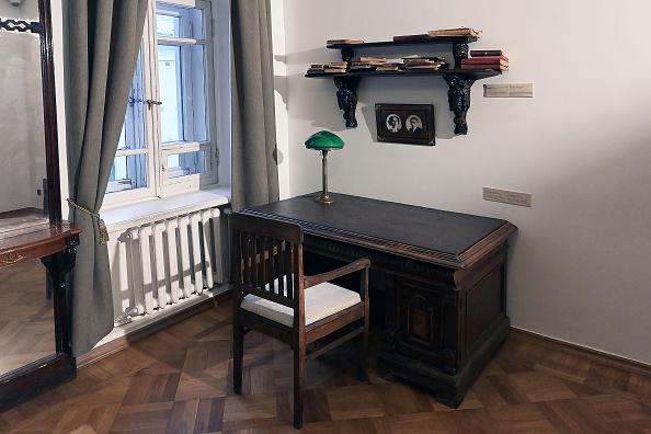 Desk Lamp「Mikhail Bulgakov's museum in Moscow」:写真・画像(14)[壁紙.com]