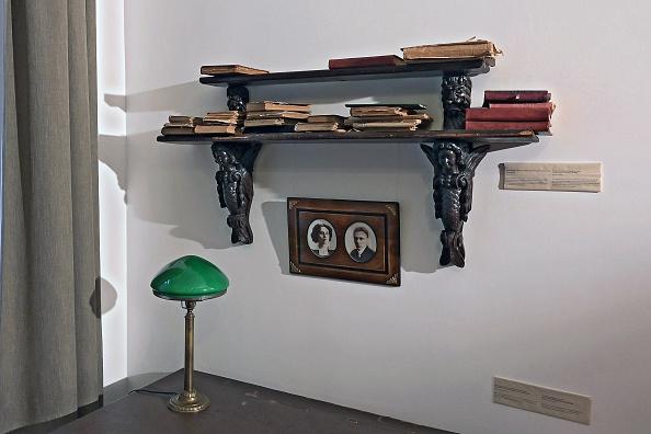 Desk Lamp「Mikhail Bulgakov's museum in Moscow」:写真・画像(6)[壁紙.com]