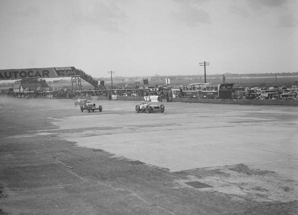 Sports Track「Thomas Special of Harold Purdy and OM of Henken Widengren, BRDC 500 Mile Race, Brooklands, 1931」:写真・画像(0)[壁紙.com]