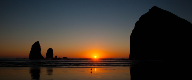 Cannon Beach「Sunset at Cannon Beach, Oregon」:スマホ壁紙(17)