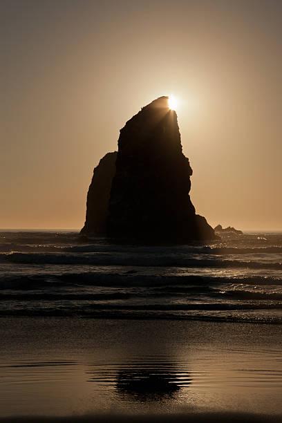 Sunset at Cannon Beach, Oregon:スマホ壁紙(壁紙.com)